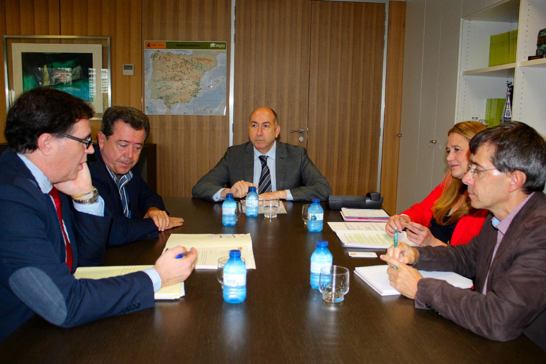 Soler se reúne con el alcalde de Linares