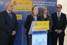 La ministra de Fomento junto al presidente de la Ciudad Autónoma de Melilla han colocado hoy la primera piedra de 60 viviendas protegidas