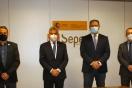 Lucrecio Fernández repasa con el senador José Cepeda los avances de la Operación Campamento