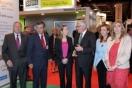 La Ministra de Fomento, Ana Pastor, inauguró SIMA 2013 y visito el stand de Sepes junto a la Directora General de Sepes, Lucía Molares